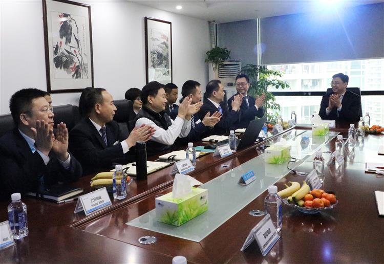 重庆财信物业集团董事长周永才一行莅临公元物业考察指导